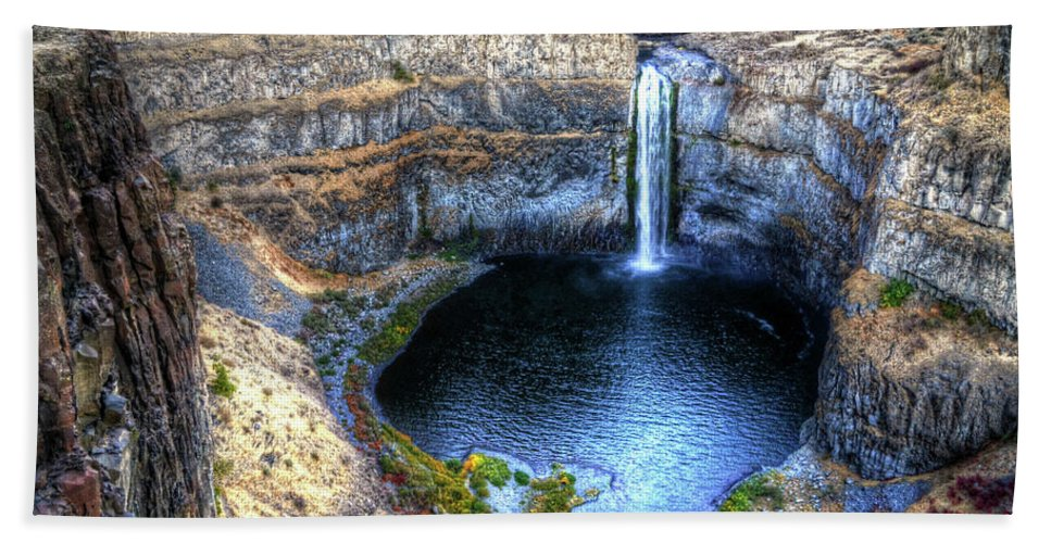 Water Falls Hand Towel featuring the photograph Palouse Falls by James Farrell