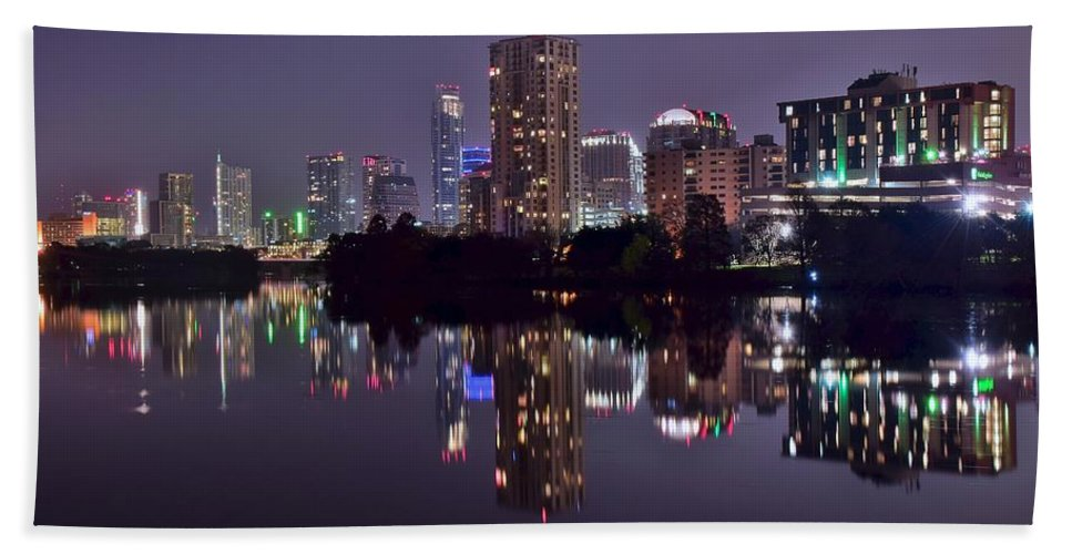 Austin Hand Towel featuring the photograph Pano Of Austin by Frozen in Time Fine Art Photography