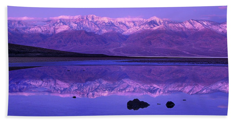 North America Bath Towel featuring the photograph Panorama Badwater And The Panamint Range At Sunrise Death Valley by Dave Welling