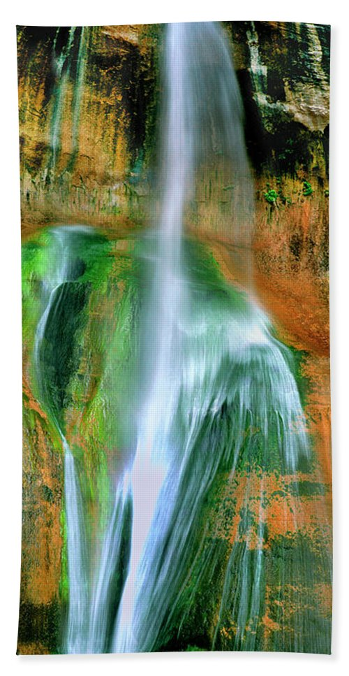 Utah Landscape Bath Sheet featuring the photograph Panorama Lower Calf Creek Falls Escalante Nm Utah by Dave Welling