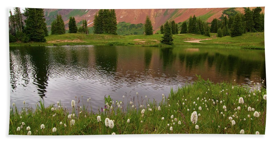 Colorado Hand Towel featuring the photograph Paradise Basin by Steve Stuller
