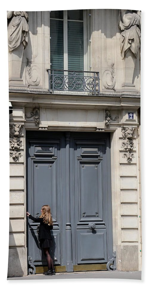 Streets Of Paris Bath Sheet featuring the photograph Paris Street Life 3 by Andrew Fare