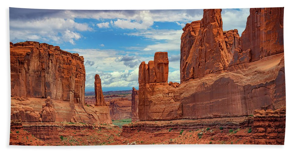 Arches National Park Hand Towel featuring the photograph Park Avenue by Rick Berk