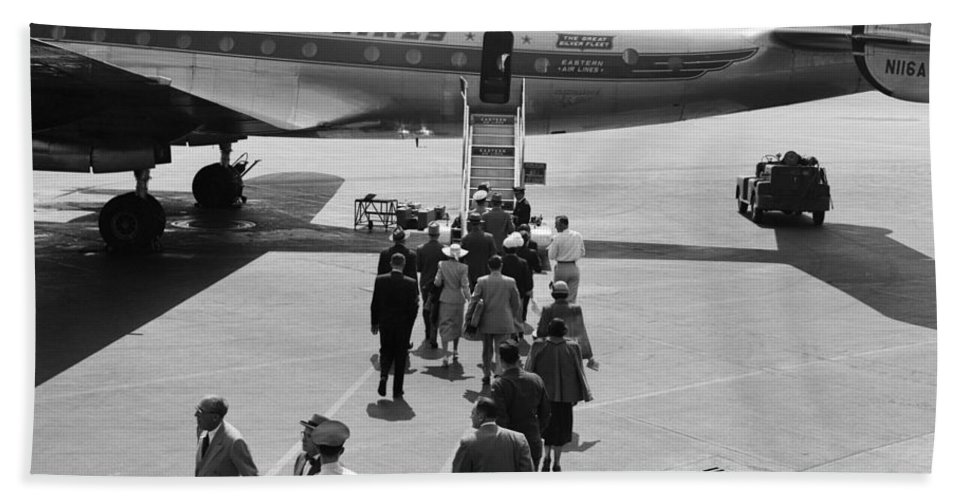 1940s Bath Sheet featuring the photograph Passengers Boarding A Plane by H. Armstrong Roberts/ClassicStock