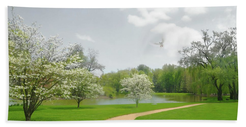 Pepsico Gardens Hand Towel featuring the photograph Path To Heart by Diana Angstadt