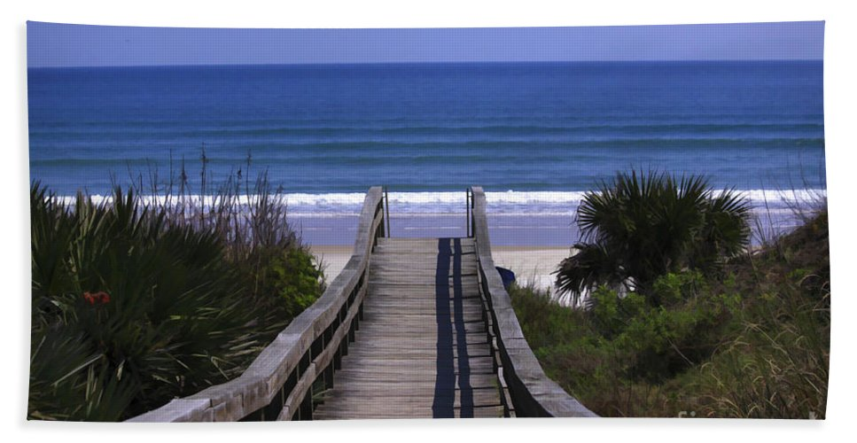 Ocean Bath Sheet featuring the photograph Pathway To The Beach by Deborah Benoit