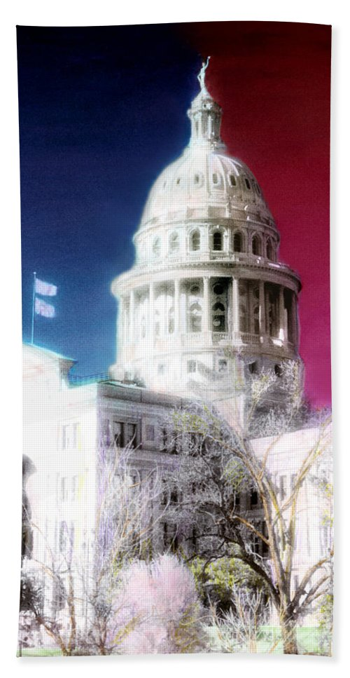 Americana Bath Sheet featuring the photograph Patriotic Texas Capitol by Marilyn Hunt