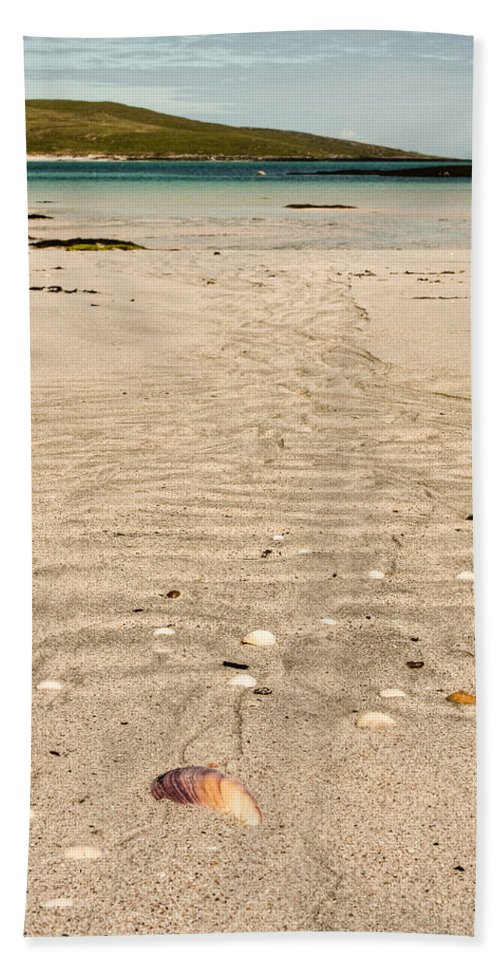 Scotland Hand Towel featuring the photograph Patterns In The Sand by Colette Panaioti