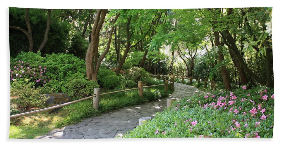 Garden Path Bath Towel featuring the photograph Peaceful Garden Path by Carol Groenen