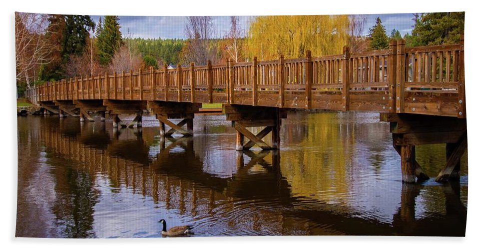 Bend Bath Sheet featuring the photograph Peaceful Reflections At Drake Park by Lynn Bauer