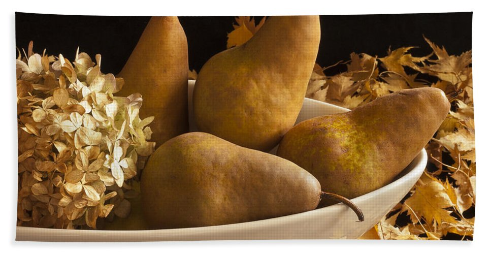 Pears Bath Sheet featuring the photograph Pears And Hydrangea Still Life by Sandra Foster