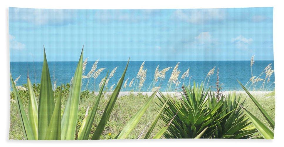 Florida Bath Sheet featuring the photograph Peeking Sea by Chris Andruskiewicz