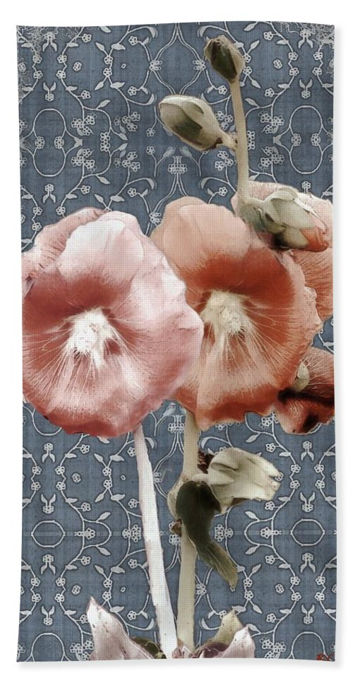 Cloth Hand Towel featuring the painting Penny Postcard Bombay by RC DeWinter