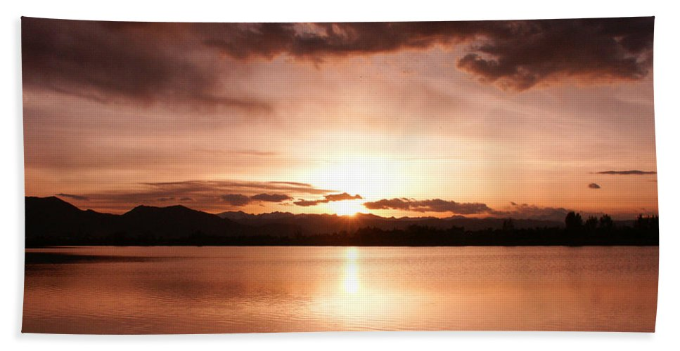 Perfect Bath Sheet featuring the photograph Perfect Sunset by Marilyn Hunt