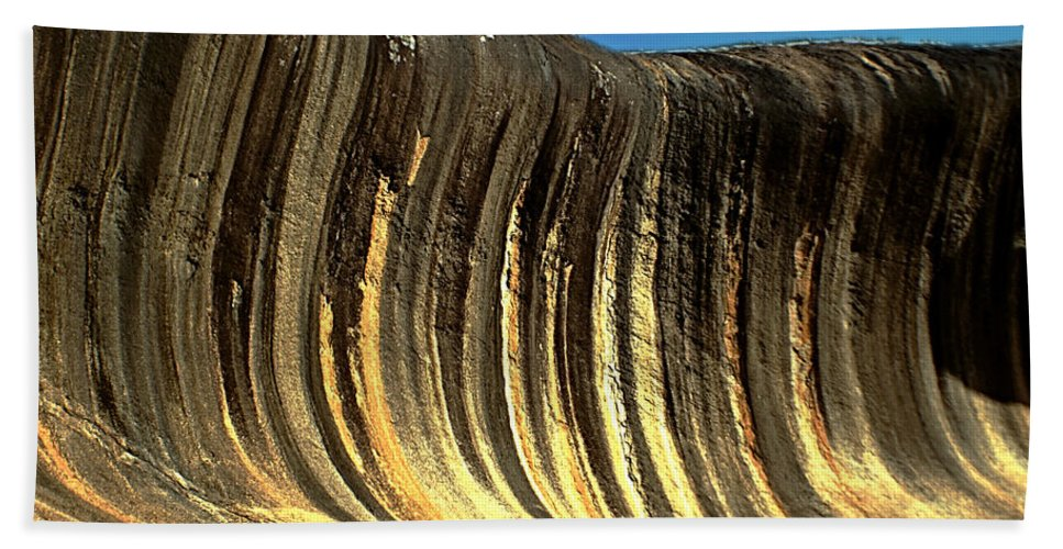 Wave Rock Hand Towel featuring the photograph Perth 19 by Ben Yassa