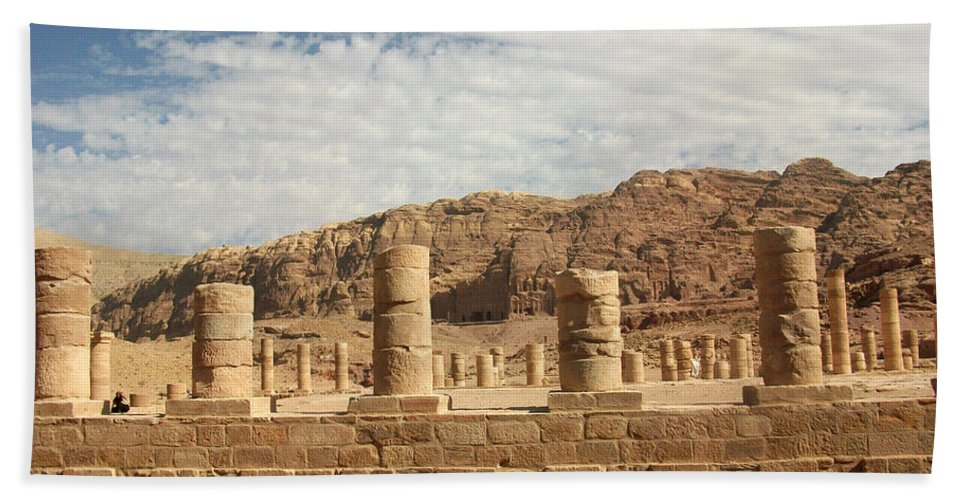 Petra Hand Towel featuring the photograph Petra Sky by Munir Alawi