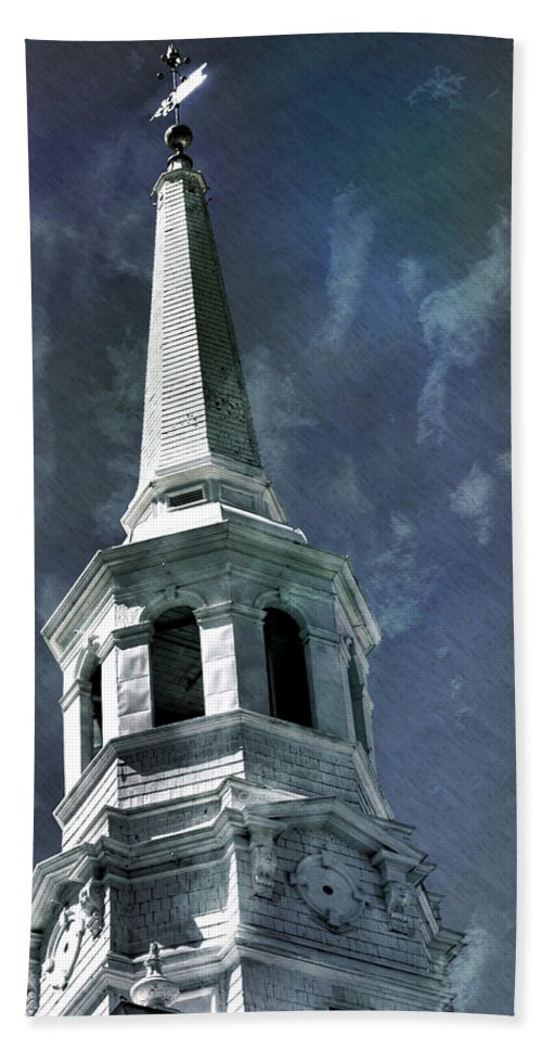 Philadelphia Hand Towel featuring the photograph Philadelphia Christ Church by Scott Wyatt