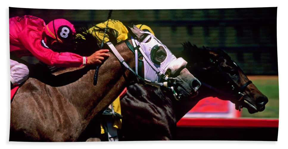 Horse Bath Towel featuring the photograph Photo Finish by Kathy McClure