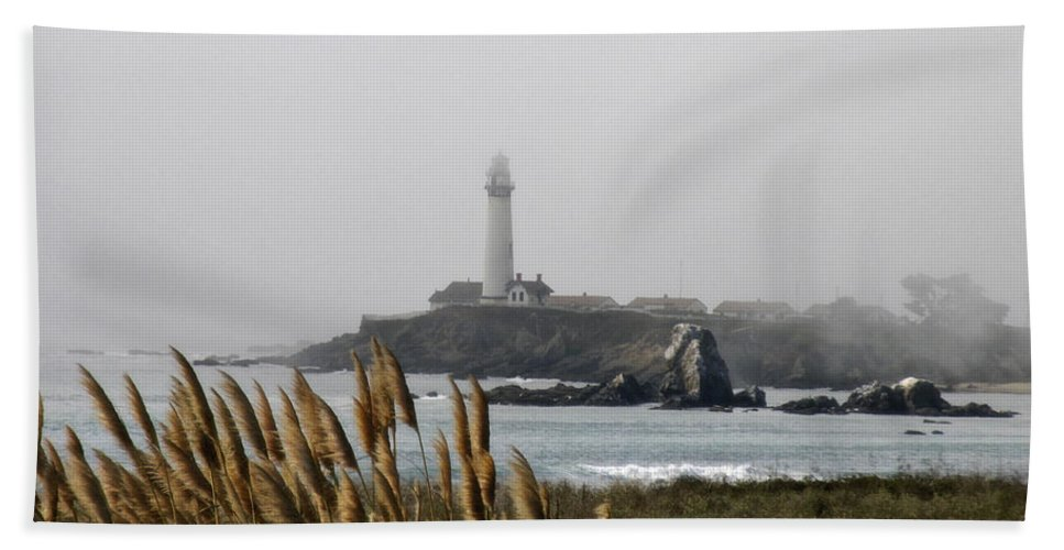 Landscape Bath Towel featuring the photograph Piegeon Point Lighthouse by Karen W Meyer