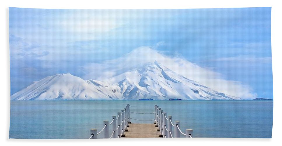 Port Bath Sheet featuring the photograph Pier And Mountain by FL collection