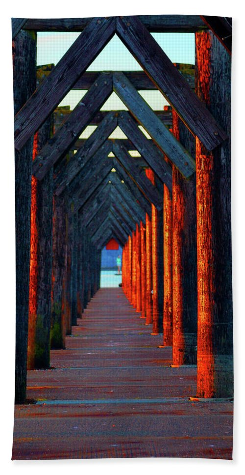 Sunset Bath Sheet featuring the photograph Pier Symmetry  by Brian O'Kelly