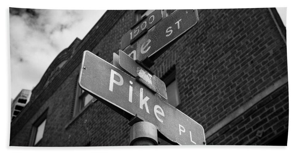 Pike Hand Towel featuring the photograph Pike Place Seattle by Steve Gadomski