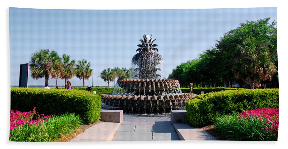 Photography Hand Towel featuring the photograph Pineapple Fountain In Charleston by Susanne Van Hulst