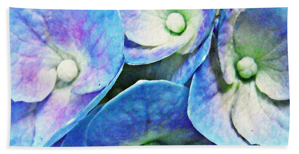 Hydrangea Bath Sheet featuring the photograph Pink And Blue Hydrangea 5 by Sarah Loft