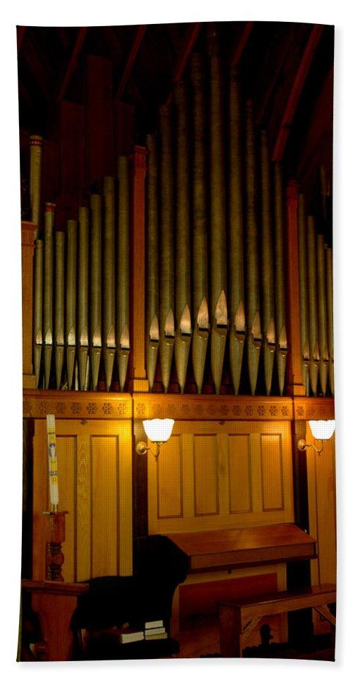 Usa Bath Sheet featuring the photograph Pipe Organ by LeeAnn McLaneGoetz McLaneGoetzStudioLLCcom