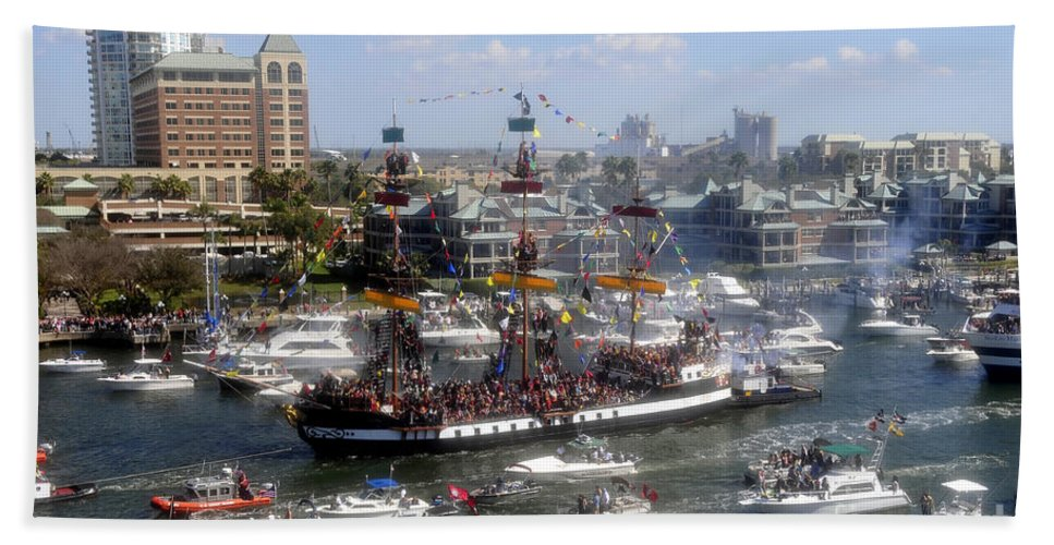 Gasparilla Pirate Festival Tampa Bay Florida Hand Towel featuring the photograph Pirate Ship And Flotilla by David Lee Thompson