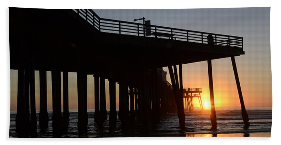 Pismo Bath Sheet featuring the photograph Pismo Beach Pier California 2 by Bob Christopher