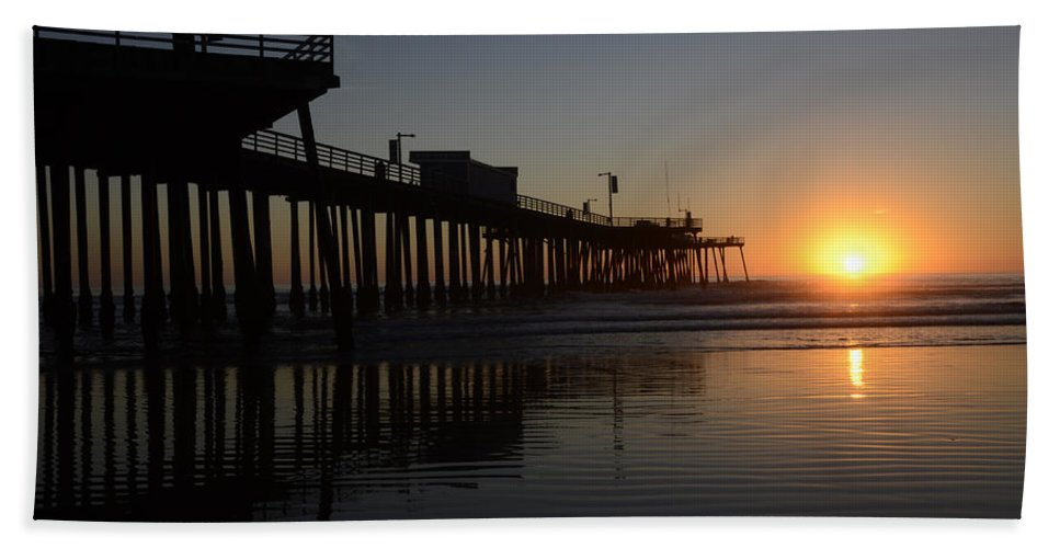 Pismo Hand Towel featuring the photograph Pismo Beach Pier California 4 by Bob Christopher