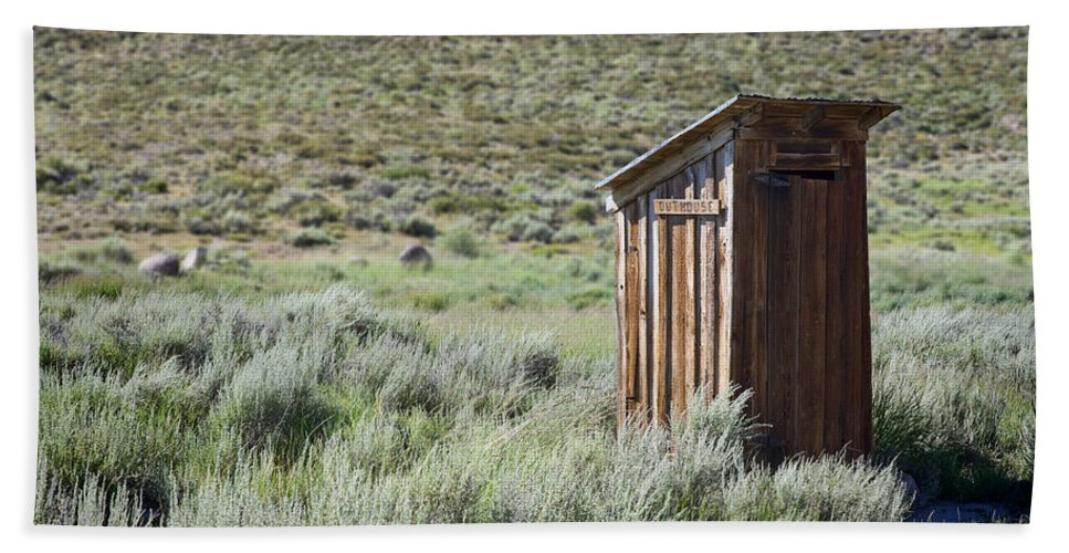 Outhouse Bath Sheet featuring the photograph Pit Stop by Kelley King