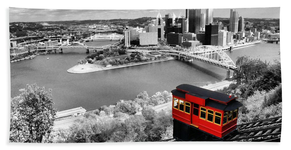 Pittsburgh Skyline Bath Sheet featuring the photograph Pittsburgh From The Incline by Michelle Joseph-Long
