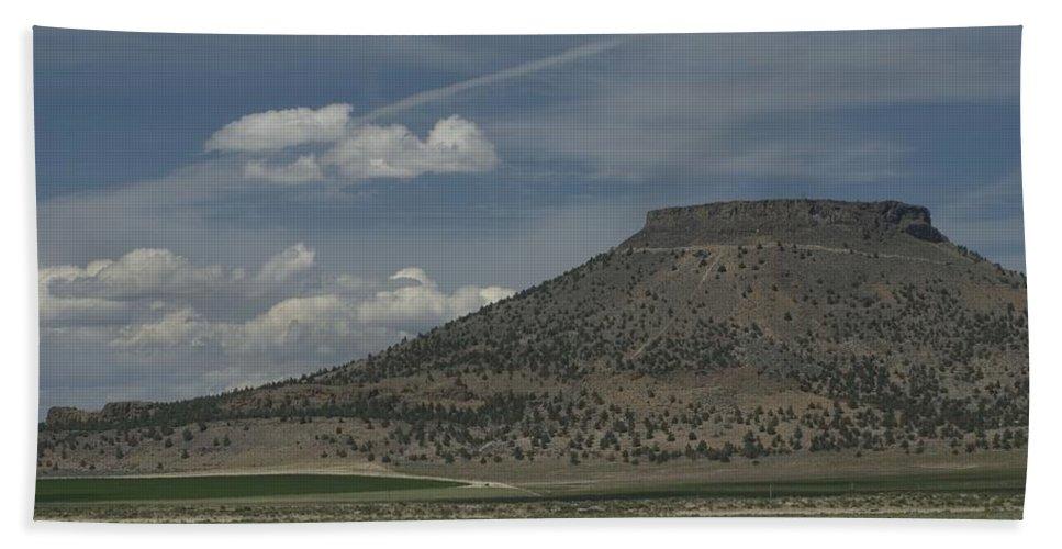 Desert Hand Towel featuring the photograph Plateau by Sara Stevenson