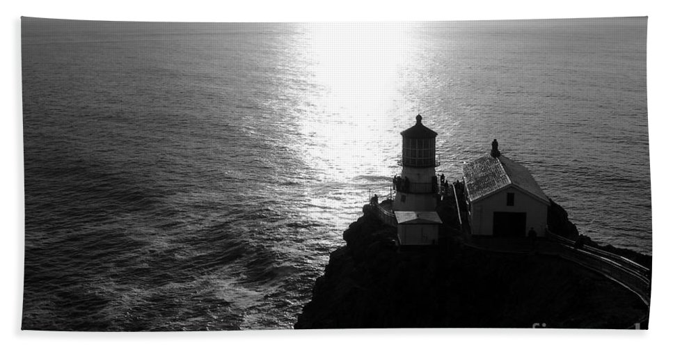 Lighthouse Hand Towel featuring the photograph Point Reyes Lighthouse - Black And White by Carol Groenen