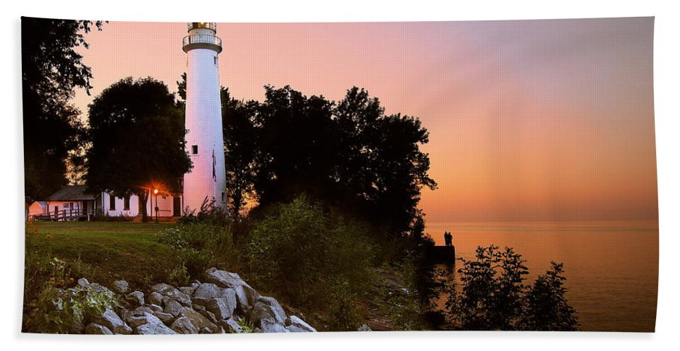 Landscape Hand Towel featuring the photograph Pointe Aux Barques by Michael Peychich