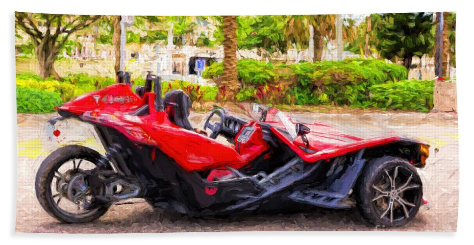 Fort Hand Towel featuring the photograph Polaris Slingshot Sl Tricycle by Les Palenik