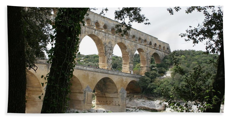 Pont Du Gard Hand Towel featuring the photograph Pond Du Gard II by Christiane Schulze Art And Photography