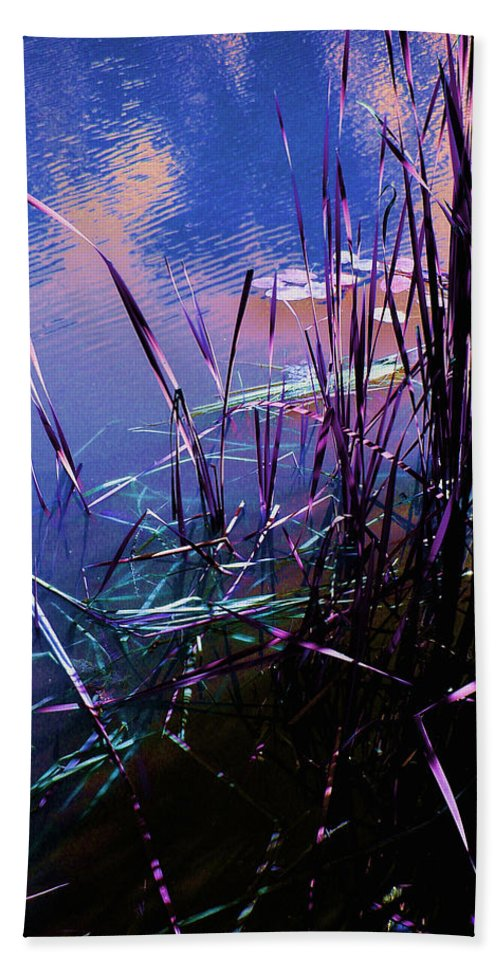 Reeds In Pond At Sunset Bath Towel featuring the photograph Pond Reeds At Sunset by Joanne Smoley