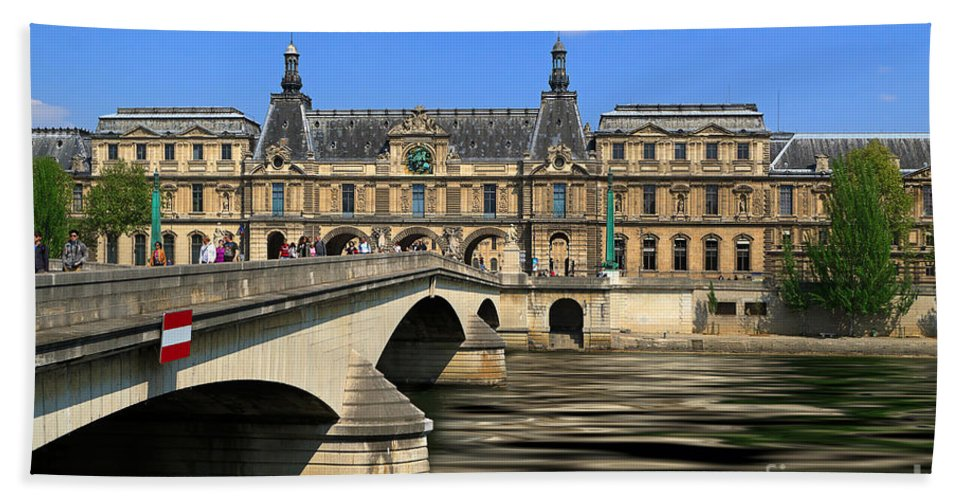 Pont Du Carrousel Hand Towel featuring the photograph Pont Du Carrousel by Louise Heusinkveld