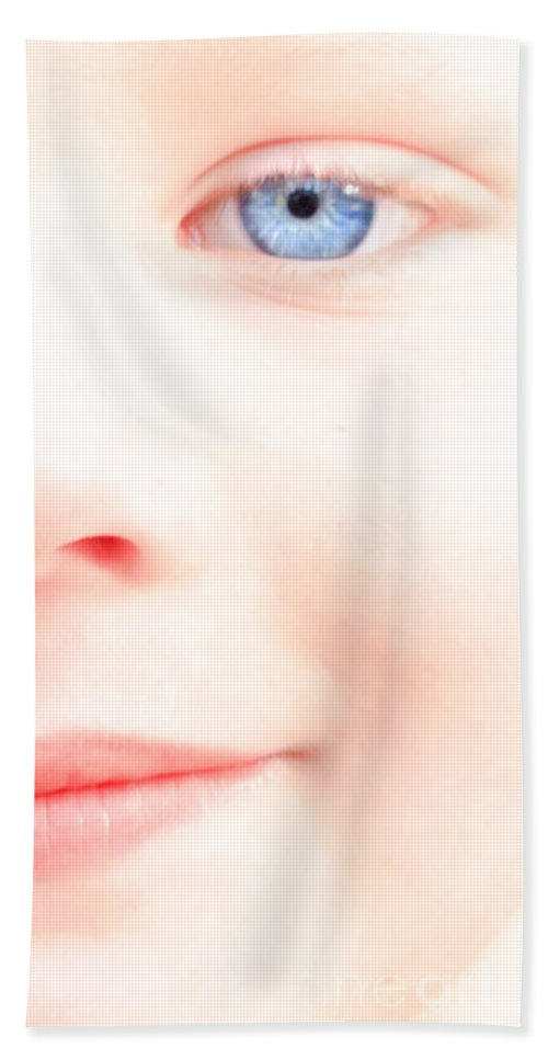 Eyes Bath Sheet featuring the photograph Portrait Of A Smile by Bob Orsillo