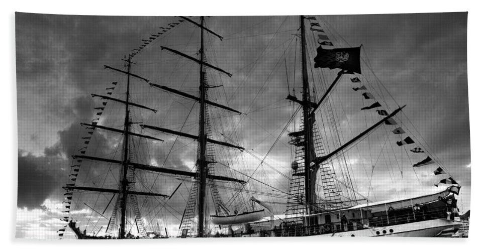 Brig Bath Towel featuring the photograph Portuguese Tall Ship by Gaspar Avila