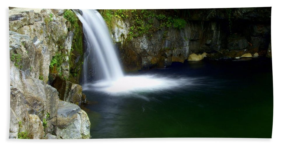 Waterfall Hand Towel featuring the photograph Pour Off by Marty Koch