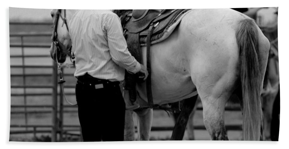 Rodeo Bath Towel featuring the photograph Preparing by Scott Sawyer