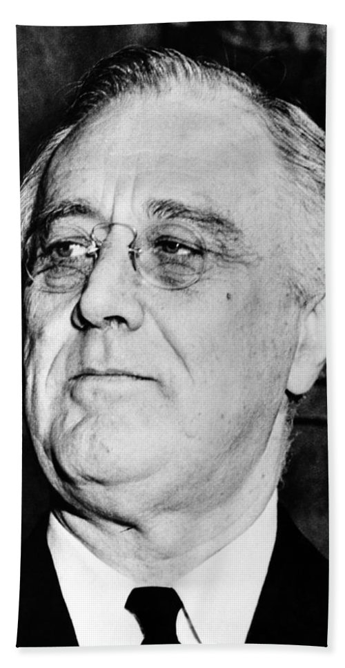 Franklin Roosevelt Bath Towel featuring the photograph President Franklin Delano Roosevelt by War Is Hell Store