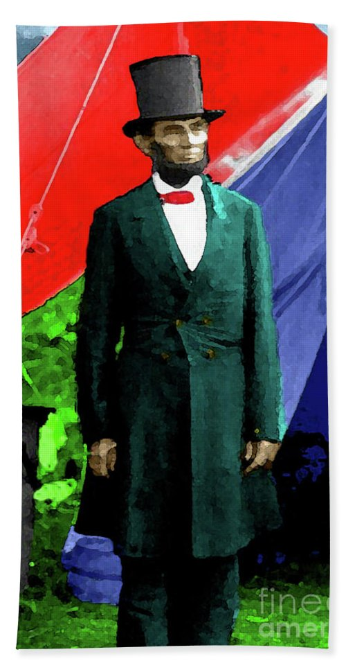 Lincoln Hand Towel featuring the photograph President Lincoln by Jost Houk