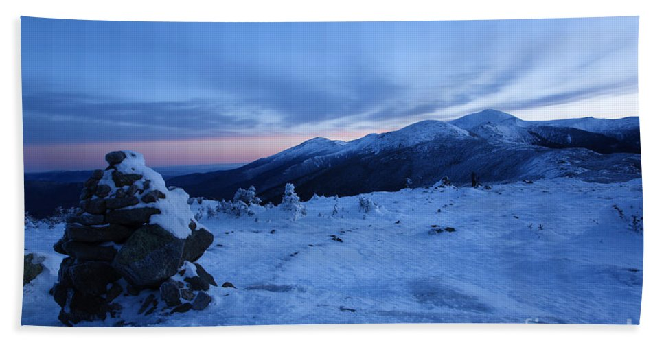 Hike Bath Sheet featuring the photograph Presidential Range - White Mountains New Hampshire Usa by Erin Paul Donovan