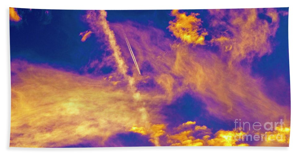 Jet Bath Towel featuring the photograph Psychedelic Skys by Paul W Faust - Impressions of Light