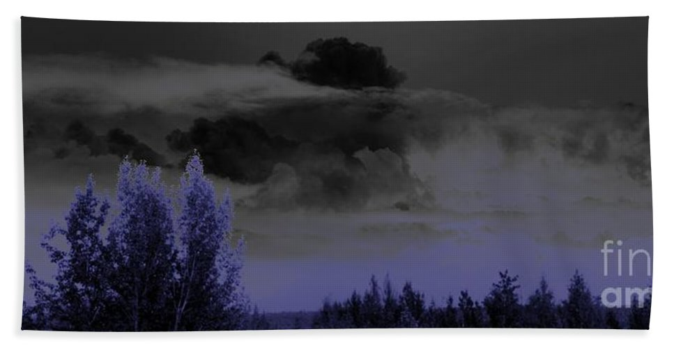 Abstract Bath Towel featuring the photograph Purple Haze by Ron Bissett